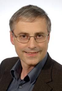CNRS Editions, La grande histoire du latin, Jürgen Leonhardt, Allemagne, Bertrand Vacher, Gibert Joseph